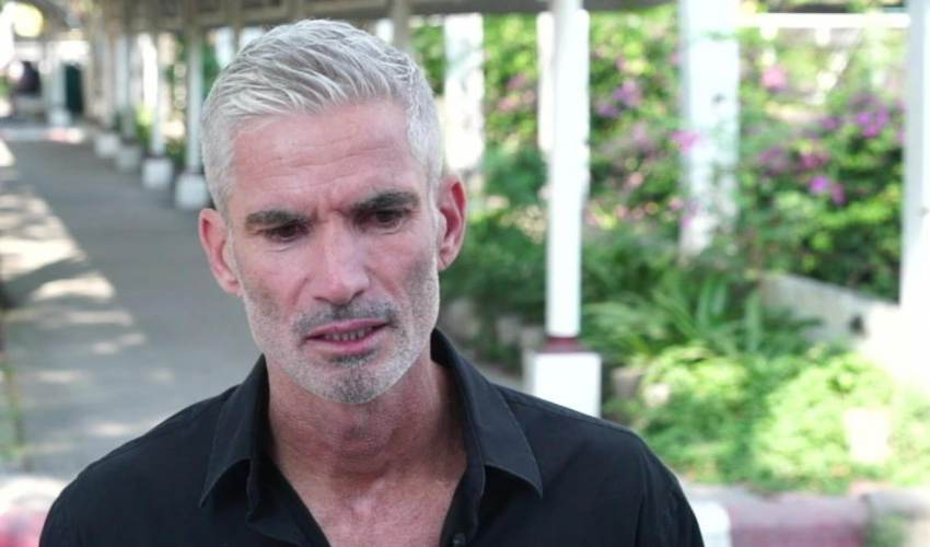 Former Socceroo Craig Foster visits Hakeem… - news of today