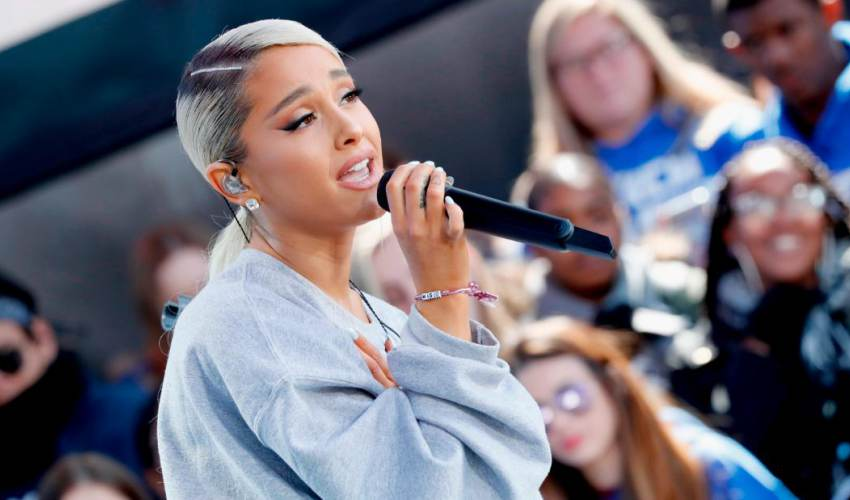 Ariana Grande fans can register to vote at her… - news of today