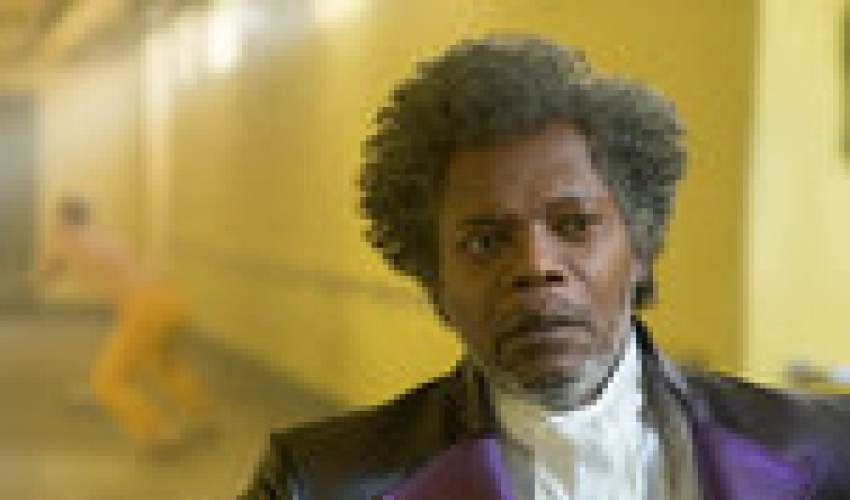 'Glass' Review: A Nutty Ride With M. Night Shyamalan - news of today