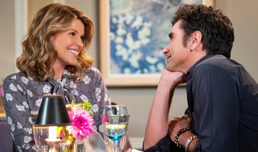 Lori Loughlin's 'Fuller House' fate… - news of today