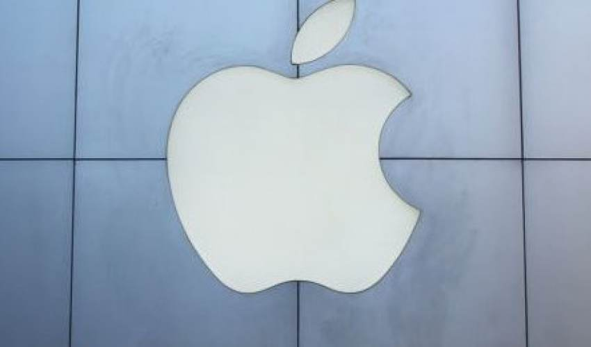 Apple launches its own credit card and TV shows - news of today