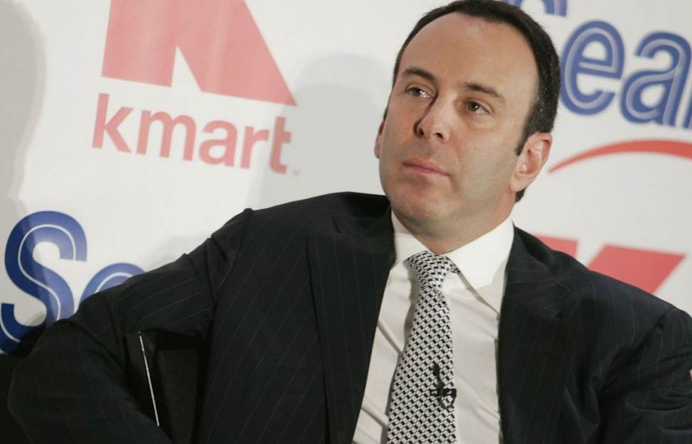 news of today - Telling the untold - Sears' controversial ex-chairman closes deal to buy the company, keeping 425 stores open